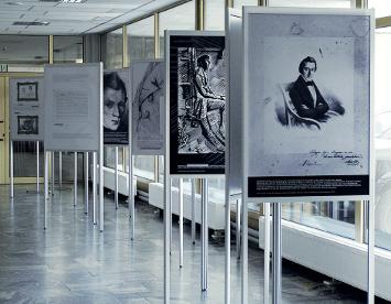 Les Murs d'exposition