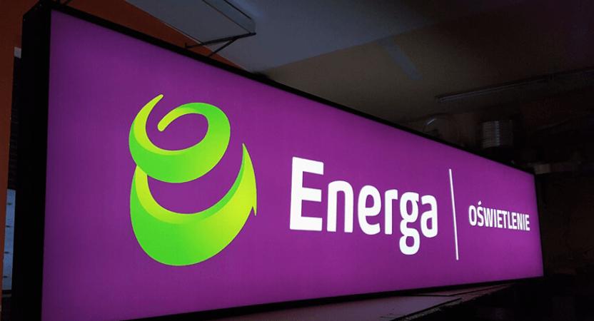 Enseigne Energa éclairée