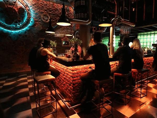 Décoration Bar Restaurant Paris étiq